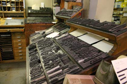 Hot type in cases ready for printing- and reuse